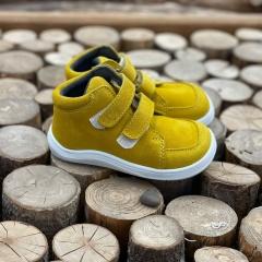 A tady je slibovaná další barva. Boty jsou opět s membránou z jemné semišové kůže 🙂  Zbývající barvy najdete u nás na webu v kategorii dětské - celoroční a pak ve filtru stačí zadat výrobce BabyBare :-) Nebo stačí kliknout na fotku a zobrazit produkt :-)  #barefootmanie #barefoot #barefootprodeti #babybare